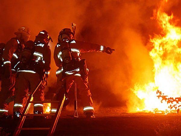 اطفا حریق آتش نشان با ردیاب شخصی ها