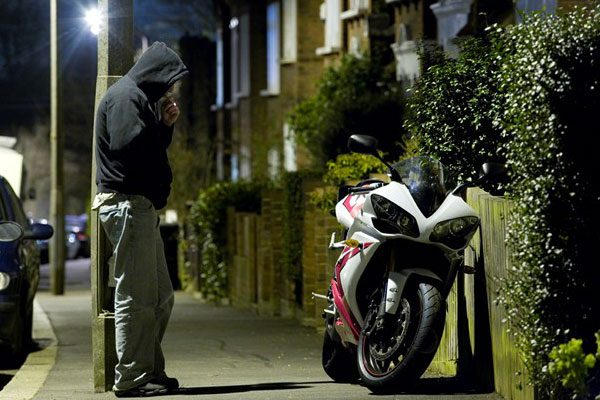 خرید ردیاب موتورسیکلت، مطمئنترین روش برای پیشگیری از سرقت موتور